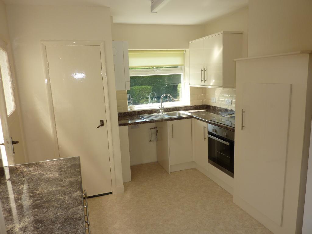 2 Bedroom Bungalow to Rent in Penrhyn Bay, LL30 3HF