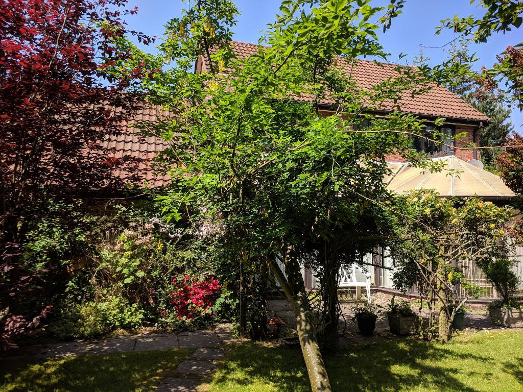 4 Bedroom Detached to Rent in COLWYN BAY, LL29 6DL