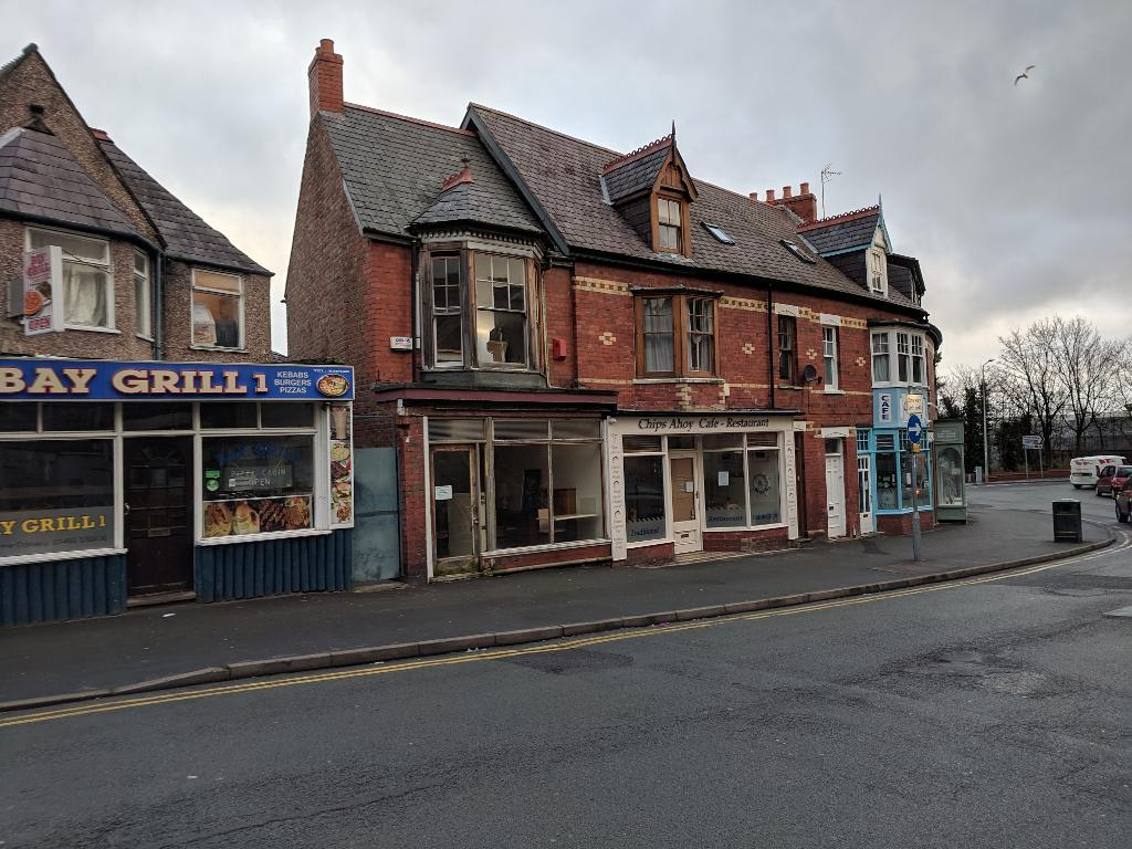 Cafe Property to Rent in Colwyn Bay, LL29 8DG