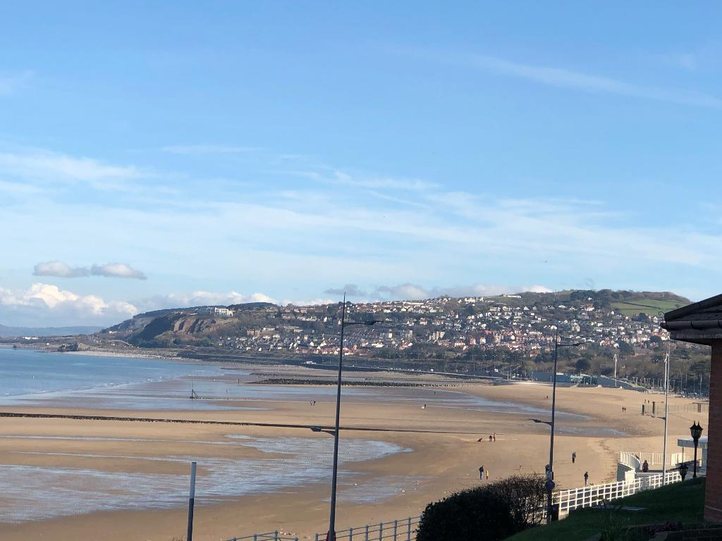 2 Bedroom Apartment for Sale in Colwyn Bay, LL29 8PJ