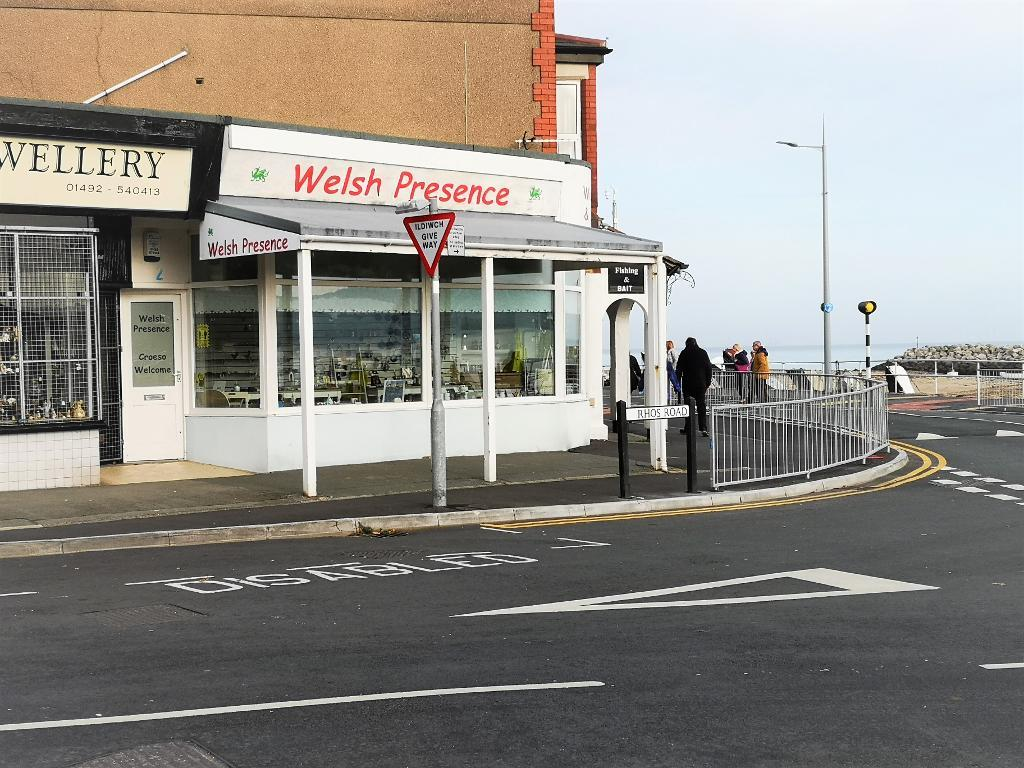 Commercial Premises Property for Sale in Rhos on Sea, LL28 4PP