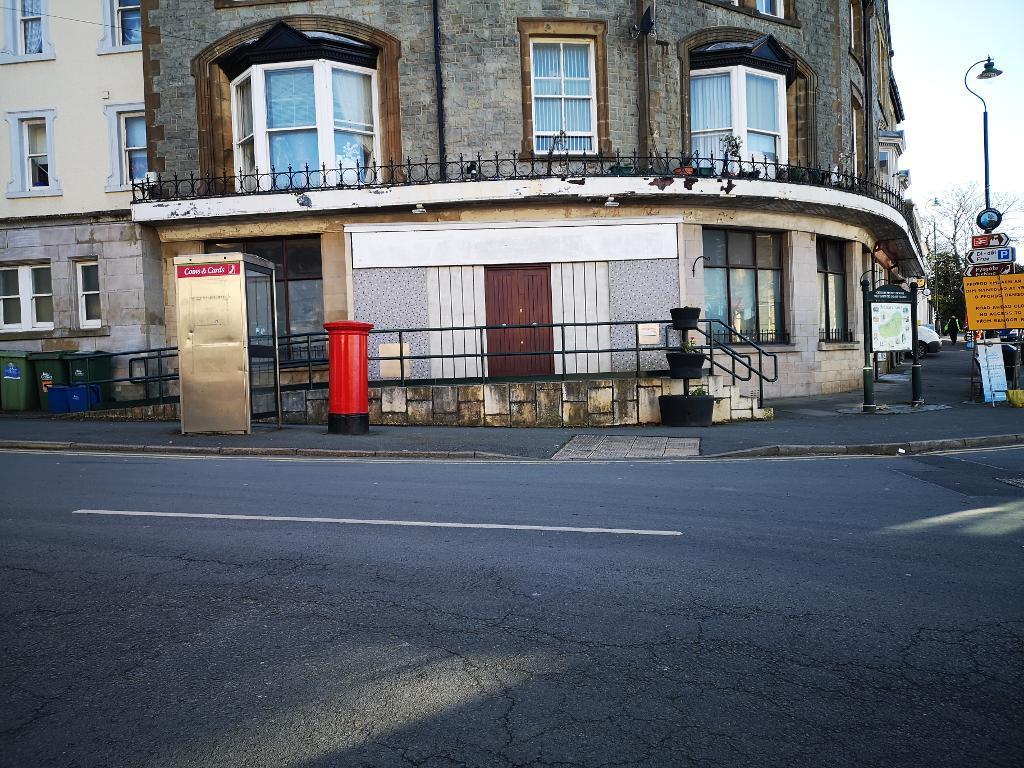 Commercial Premises Property for Sale in Penmaenmawr, LL34 6AJ