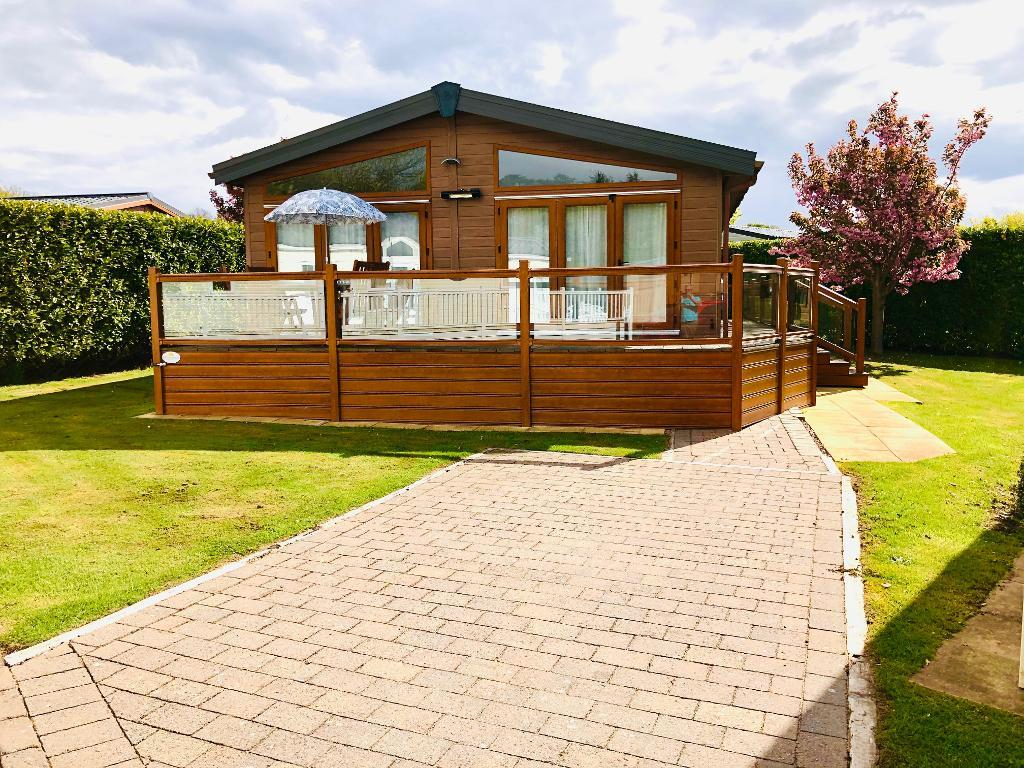 3 Bed Super Lodge Property for Sale in Llanfair P.G., LL61 6EJ